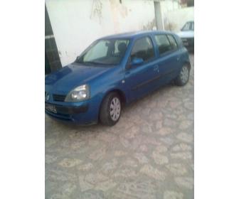 Voiture voiture clio bombé occasion à vendre Tunisie 2