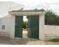 Villa avec trois garages à Wardia1