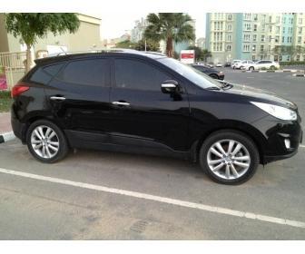 voiture voiture 4 4 huyndai tucson automatic toute option de dubai a vendre tunisie. Black Bedroom Furniture Sets. Home Design Ideas