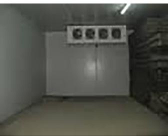 location des chambres froides. Black Bedroom Furniture Sets. Home Design Ideas