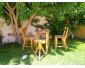 5 tables , 10 chaises et 5 tabourets en bois à vendre