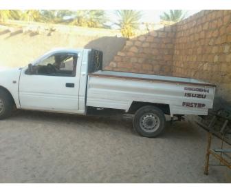 voiture voiture occasion isuzu karwiya a kebili tunisie. Black Bedroom Furniture Sets. Home Design Ideas