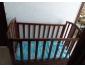 Deux beaux lits bébé avec matelas