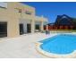 Belle villa meublé avec piscine et jardin au Golf Gammarth